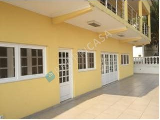 House › Belas | 3 Bedrooms | 3WC