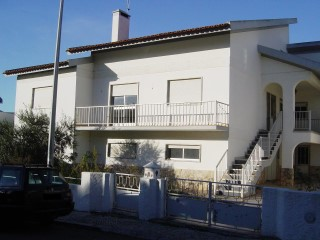 House › Caldas da Rainha | 7 Bedrooms