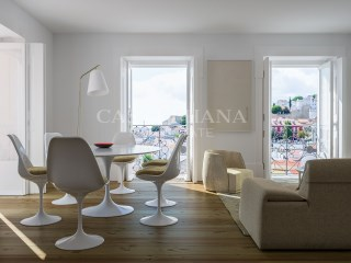 Santa Helena 1, 2 3 and 4 bedroom apartments Alfama%8/24