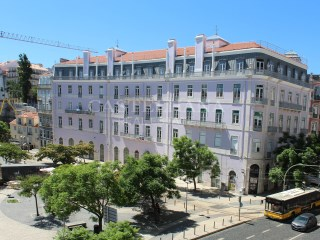 Apartment 1 Bedroom › Misericórdia