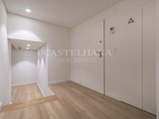 2+4-Bedroom apartment, AV. da Liberdade, Entry%4/19
