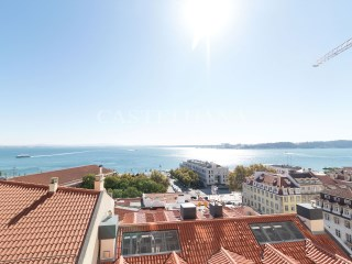 4-Bedroom Apartment Chiado%1/21