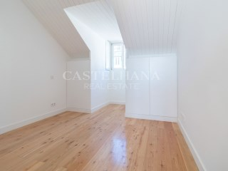 4-Bedroom Apartment Chiado%19/21