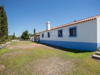 3-Bedroom Villa with large plot in Grândola%24/24