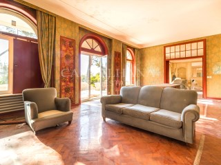 8-Bedroom Villa, Estoril, Living room%9/19