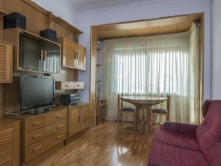 75 m2 apartment in Sant Antoni de l'Eixample. | 3 Bedrooms | 2WC
