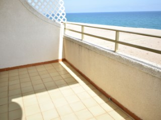 Nice pis in Canet de Mar Barcelona in front of the sea. Sunny all day.  2 bedrooms and 1 bathroom | 2 Bedrooms | 1WC