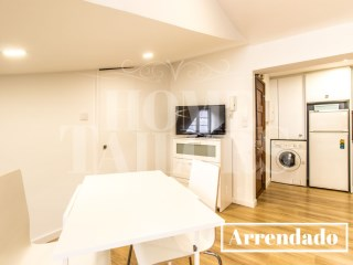 Brand new loft-Janelas Verdes | 0 Bedrooms | 1WC