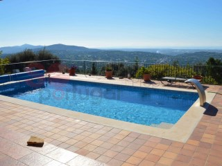 Exceptionally spacious 3 bed villa with pool, very private gardens and superb sea view | 3 Zimmer | 3WC