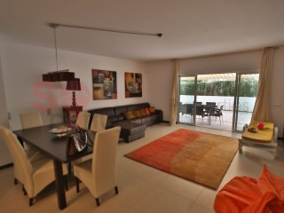 Spacious apartment with pool in Portimão | 2 Zimmer | 2WC