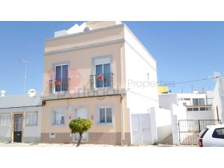 Typical Portuguese house with lovely town centre, countryside and sea views. | 3 Zimmer | 3WC
