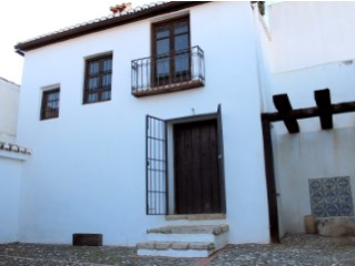 Farmhouse › Otura |