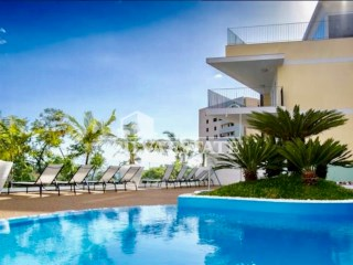 2 bedroom  luxury apartment with pool, heart  of Funchal | 2 Bedrooms | 3WC