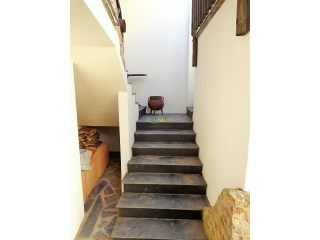 Outside staircase%27/43