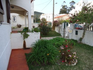 Detached House › Palmela | 3 Bedrooms | 1WC