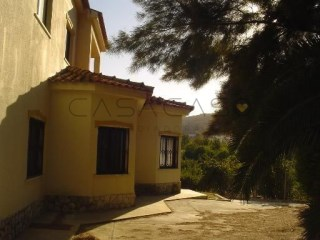 Detached House › Palmela | 8 Bedrooms | 1WC