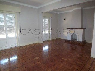 Apartment › Setúbal | 6 Bedrooms | 2WC