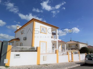 Excellent house with 4 bedrooms with big garage and nice yard, Qtª da Serralheira / Setúbal | 4 Habitaciones | 3WC