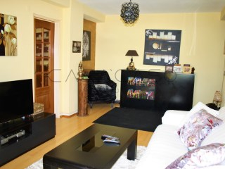Refurbished apartment T2 | 2 Bedrooms | 1WC