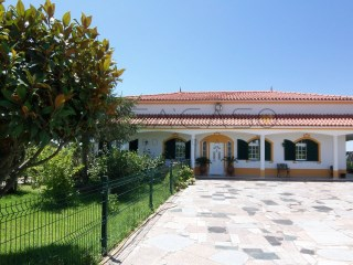 Farm with one floor house and swimming pool  | 4 Bedrooms