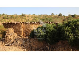 Plot with ruin, Tavira, Santa Catarina da Fonte do Bispo |