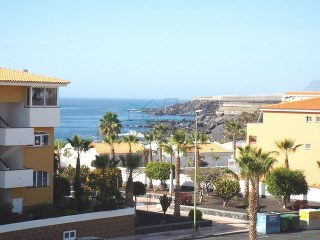 Playa San Juan, 2 bedroom apartment, sea & mountain views. | 2 Bedrooms | 1WC