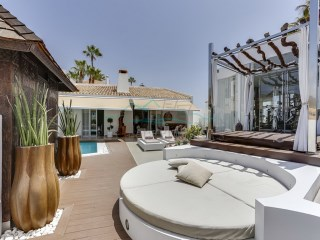 SPECTACULAR luxury VILLA for sale in Chayofa - Tenerife South |