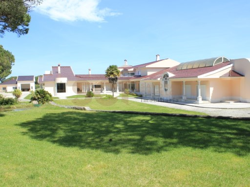SINTRA | V13 VILLA | POOL + GARDENS + TENNIS | VIEW | 13 Bedrooms | 1WC