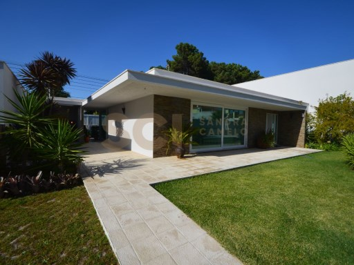 House › Seixal | 5 Bedrooms | 3WC