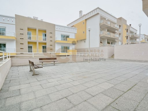 Apartment › Barreiro | 5 Bedrooms | 4WC