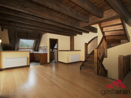 Beautiful new triplex in the village of Gessa | 3 Bedrooms