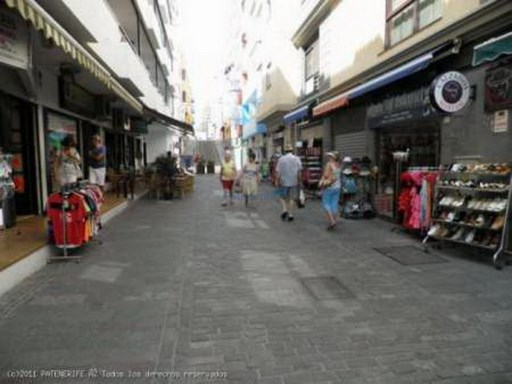 2 LOCAL IN PEDESTRIAN LOS CRISTIANOS 100M2 EACH |