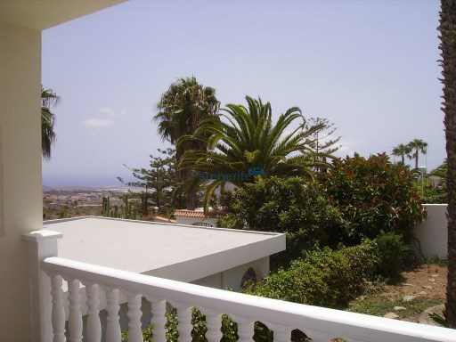 Renovated villa for sale in quiet area 10 minutes from the tourist center | 3 Bedrooms | 2WC