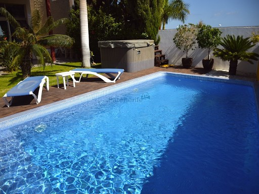 townhouse with 3 bedrooms caleta golf | 3 Bedrooms | 2WC