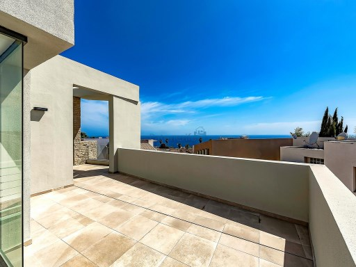 semi-detached in golf of the caleta | 4 Bedrooms | 2WC