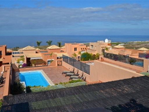 villa en golf de la caleta | 3 Bedrooms | 3WC