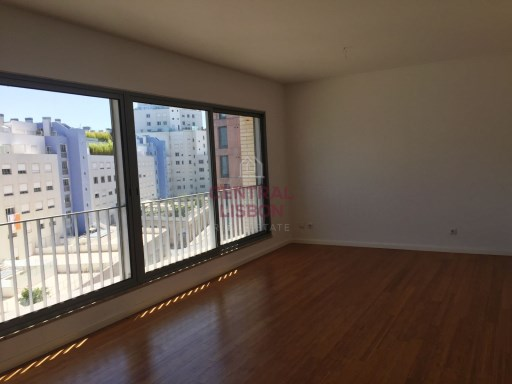 Parque das Nações Sul-3 bedroom apartment-1 stationnement place-appartements | 4 Pièces | 2WC