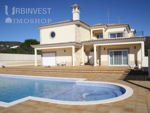 3 bedroom luxury villa with magnificent sea views | 3 Bedrooms | 4WC