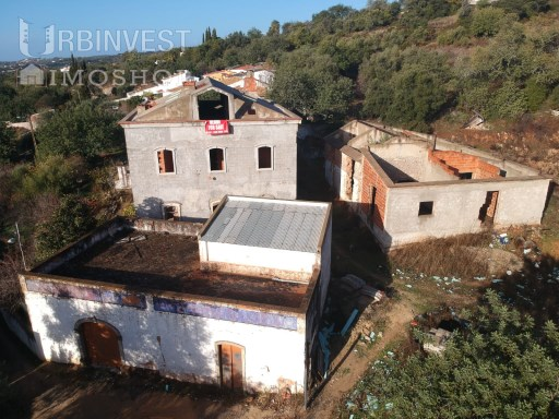 Set of 3 country houses in S. Brás de Alportel, Algarve | 3 Bedrooms | 1WC