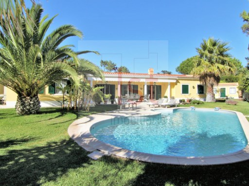 Fantastic detached single storey in the best area of Quinta da Marinha | 4 Bedrooms + 1 Interior Bedroom | 5WC