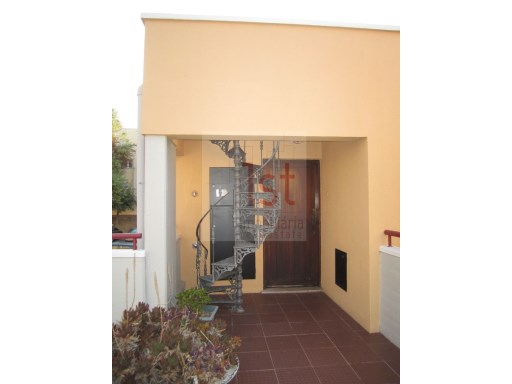 One bedroom with parking in Telheiras | 1 Bedroom | 1WC