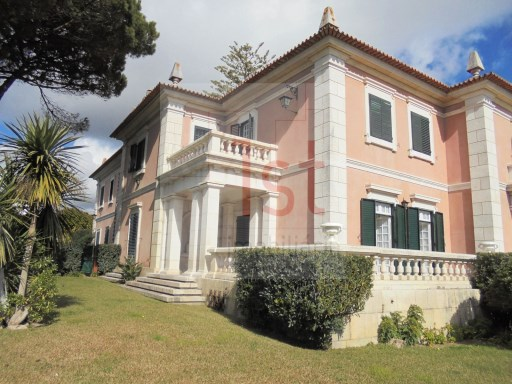 House of Santa Isabel - A Palace in Estoril - Portugal, with Swimming Pool, Tennis Court and 6.350 sqm Plot with a 5840 sqm gardens. | T9 | 5WC