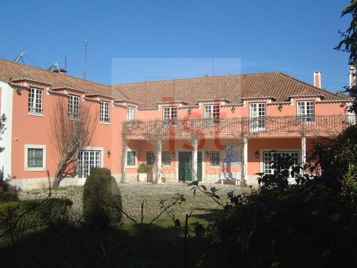 Chalet from 60's located in Sintra | T9 | 5WC
