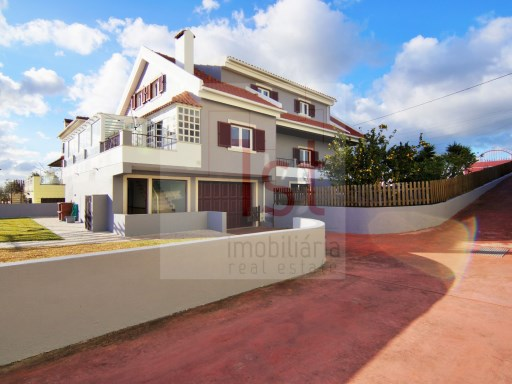 Villa V5 +2 (274m2), 1,290 m2 property land and Annex 2 bedroom with 105m2,  | 5 Bedrooms + 2 Interior Bedrooms | 4WC
