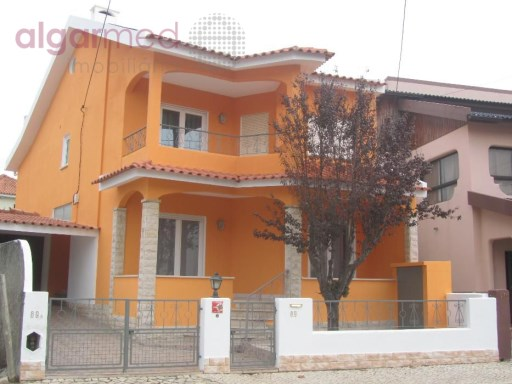 LISBON - Cascais - 4 bedroom house, for sale in Amoreira, Alcabideche | 4 Bedrooms