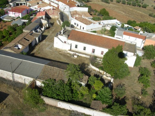 ALGARVE - Paderne - Ruin farm for sale in a land with 76.600 m2, that can rebuild up to 3500 m2 |