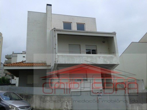 moradia Soares dos Reis complexo Gaiart`s | T4 | 5WC