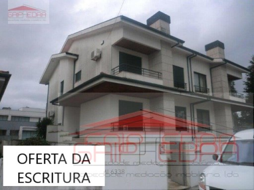 House › Maia | 4 Bedrooms | 4WC