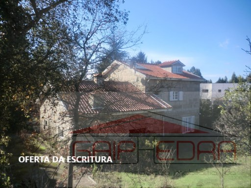 Stone House 1600 m2 ground Place Terronhas Walls | 4 Bedrooms | 3WC