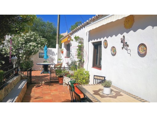Villa with 2 annexes and a total of 3 bedrooms, near Tavira | 1 Bedroom + 2 Interior Bedrooms | 3WC